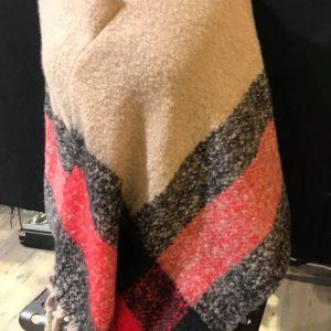 Bonneterie- poncho silk&co